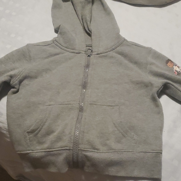 Boys zip-up hoodie cars size 2T